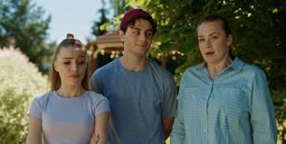 Война семей - 2 серия