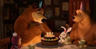 Маша и Медведь. Новый год - Раз в году