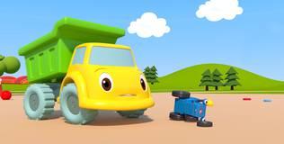 Синий трактор на детской площадке - 5 серия. Игрушки