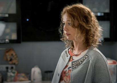 Женщина с лилиями смотреть сериал
