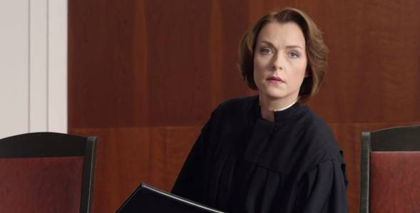 1 серия Дело судьи Карелиной смотреть онлайн