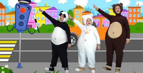 Серия 15. Пешеходный переход Три медведя смотреть онлайн