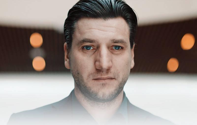 Виктор (Вик)